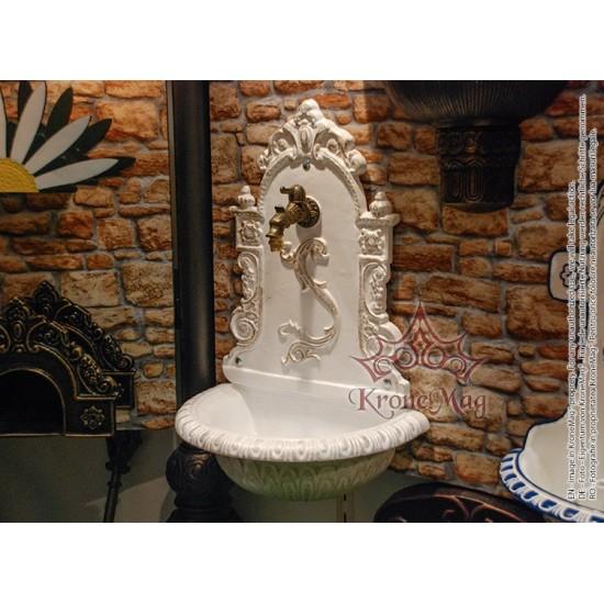 Gartenbrunnen, Wandbrunnen, Trinkbrunnen aus Gusseisen 608